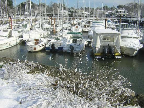 le port sous la neige